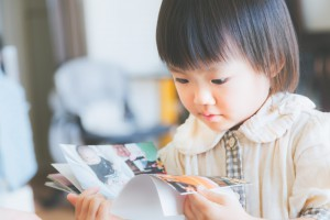 子供のメガネの度数を変えるタイミング~見えにくいサインに気付くポイント~写真