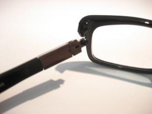 メガネの修理~折れてパーツが無くなった!?~写真